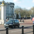 Buckingham Palace in London — Stock Video #41929199