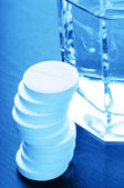 Glass of water aspirin — Stock Photo