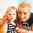 Mother and daughter drawing — Stock Photo #43256159
