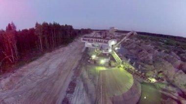 Excavator at night — Stock Video