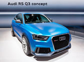 MOSCOW-SEPTEMBER 4: Audi R3 Q3 at the Moscow International Motor Show on Se — Стоковое фото