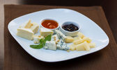 Various sorts of cheese — Photo