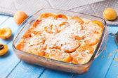 Apricot clafoutis — Stock Photo