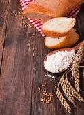 小麦、 面粉和面包 — 图库照片