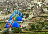 Air balloon in mountain — Stock Photo