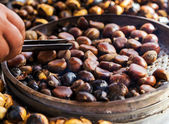 Fried chestnuts — Stock Photo
