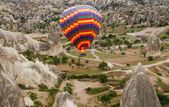 Hot air balloons show in Cappadocia, Turkey — Foto Stock