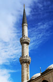 Minaret Blue mosque in Istanbul — Stock Photo
