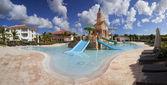 Luxury resort with tropical pool — Stock Photo