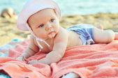 Baby on the beach — Foto de Stock