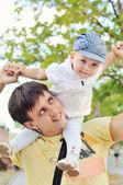 Bebek ve baba — Stok fotoğraf