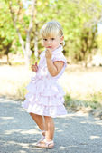 Summer fashion toddler — Stockfoto