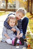 Brother and sister outside — Foto Stock