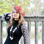 Girl in autumn park — Stock Photo #9158474