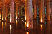 Underground water Basilica Cistern - Istanbul — Stock Photo