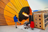 Hot air balloon and pilots at Cappadocia Turkey — Stock Photo