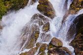 Водопад возле Briksdal ледник - Норвегия — Стоковое фото