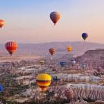 Hot air balloon flying over Cappadocia Turkey — Stock Photo