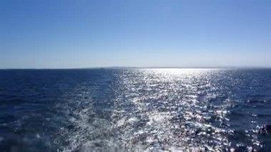 Boat wake prop wash foam — Stock Video