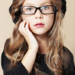 Fashion kid girl — Stock Photo #12631103