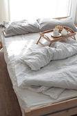 śniadanie w łóżku — Zdjęcie stockowe