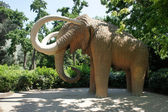 Mammoth statue in Parc de la Ciutadella in Barcelona, Spain — Stock Photo