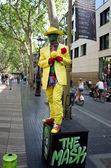Street artist at Ramblas in Barcelona, Spain — Stock Photo