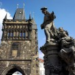 Tower and statue at the Charles Bridge in Prague, Czech Republic — Stock Photo