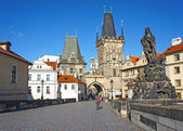Lesser Town tower in Charles bridge, Prague, Czech Republic — Stockfoto
