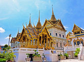 Temple in Grand Palace Emerald Buddha (Wat Phra Kaew), Bangkok, Thailand — Stock Photo
