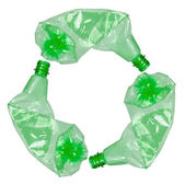 Recycle symbol made of used plastic bottles — Stockfoto