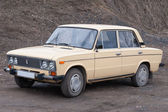 Soviet medium-sized family car, 4-door sedan, VAZ-2106 — Stock Photo