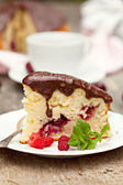 Gâteau de fruits cerise — Photo