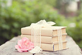 Vintage image with old books on wooden background — Foto de Stock