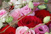 Beautiful bouquet of roses close-up — Stock Photo