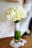 Beautiful bunch of wedding flowers — Stock Photo