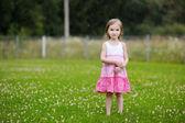 Menina sob a chuva — Fotografia Stock