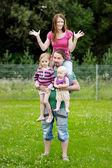 čtyřčlenná rodina — Stock fotografie