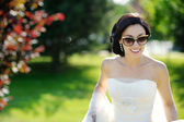 Beautiful bride posing — 图库照片