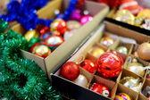 Varios coloridos adornos navideños — Foto de Stock