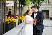 šťastný ženich a nevěsta — Stock fotografie