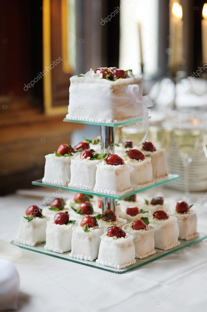 вкусный свадебный торт с фото