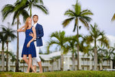Young couple on a tropical resort — 图库照片
