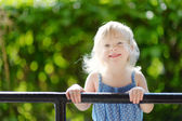 Adorable toddler girl outdoors — Стоковое фото