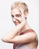 Blondes mädchen — Stockfoto