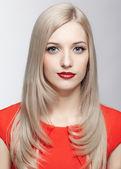 Beautiful blonde woman — Stock Photo