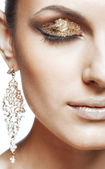 Makijaż oczu złoty — Zdjęcie stockowe