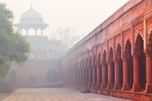 Architecture of Charbagh, or Mughal Garden in Agra, India — Stock Photo