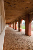 Red sandstone arches of the inner courtyard of Agra Red Fort — Stock Photo