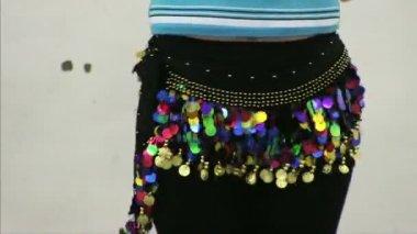 Girl dances east dance — Stock Video